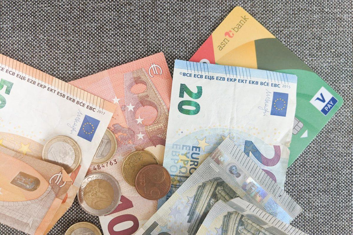 Geld besparen op vaste lasten
